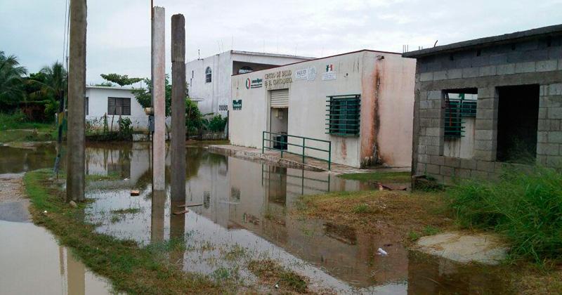 centro-de-salud-inundado1