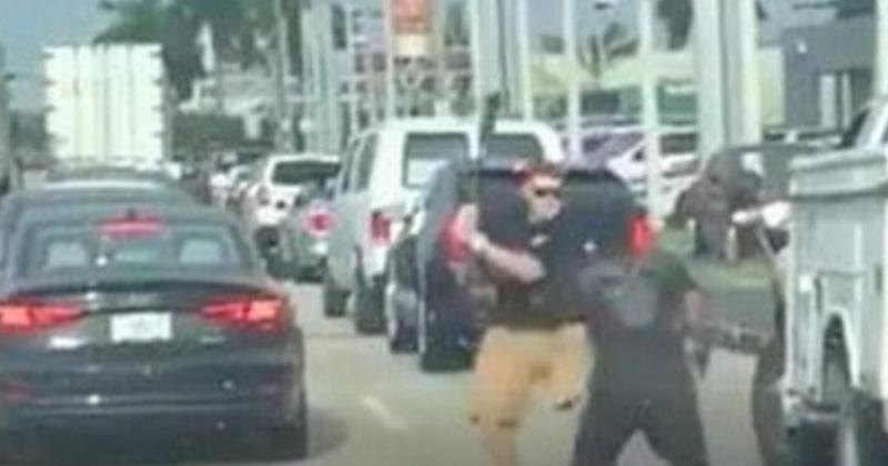 #Video Pelea entre conductores en Florida