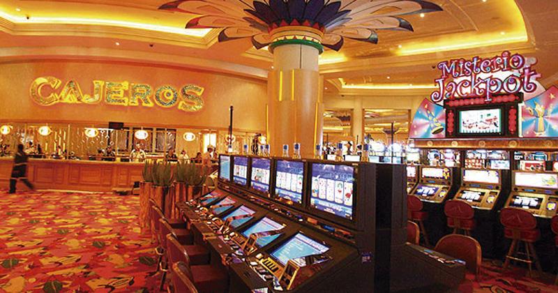 Dos muertos y varios heridos en balacera en el casino Monticello