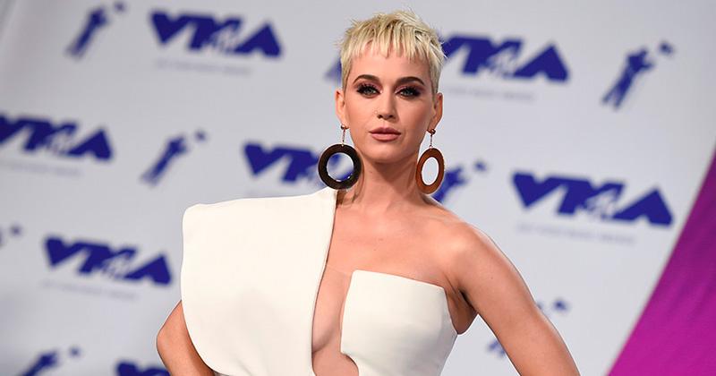 Katy Perry reveló las cirugías a las que se ha sometido