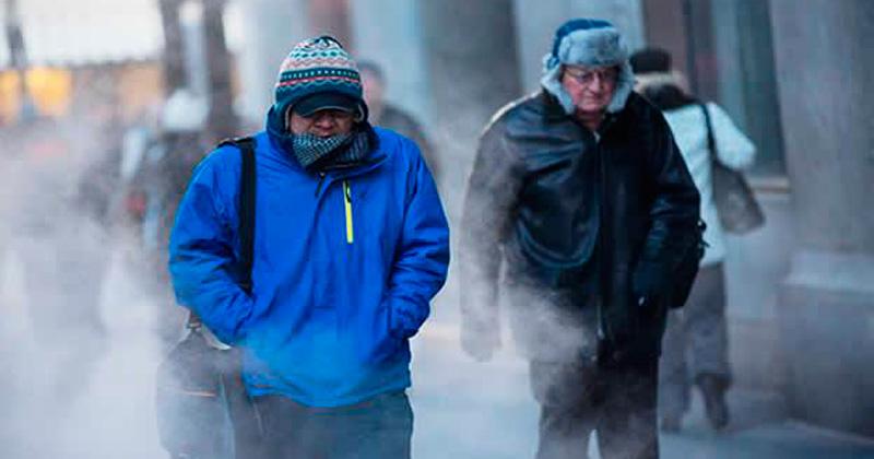 Pese al frío, personas se niegan a ir a los albergues