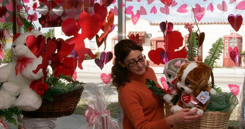 Abusan en vísperas del Día del Amor
