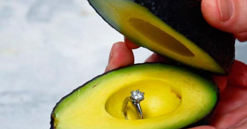 FOTOS: La nueva moda para pedir matrimonio es con un aguacate