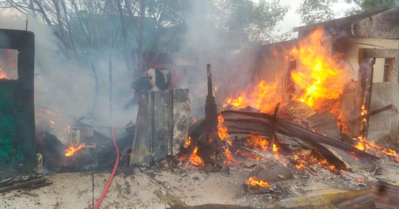 Resultado de imagen para vivienda en llamas