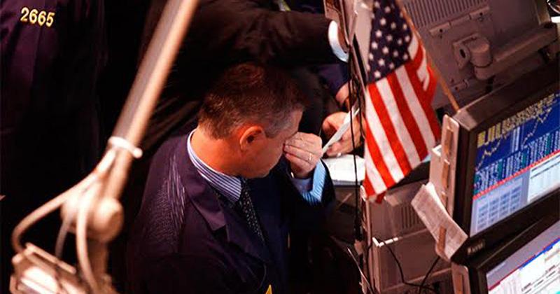 Caída de Wall Street provoca desplome de bolsas alrededor del mundo
