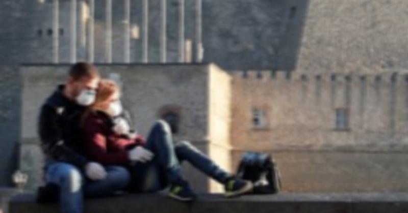 Viaja a Italia con amante y se contagia de Covid-19